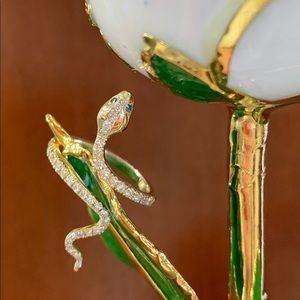 Jewelry - Custom made Gold and Diamond Snake Ring